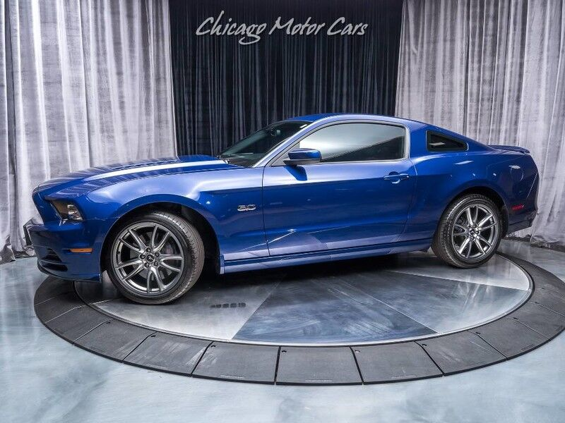 2014_Ford_Mustang_GT Premium_ Chicago IL