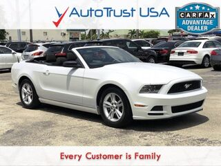 Ford Mustang V6 LOW MILES BLUETOOTH WHITE/BLACK COMBO 2014