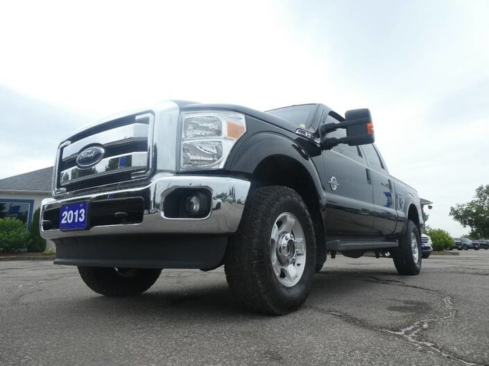2014 Ford Super Duty F-250 SRW XLT- 6.7L POWERSTROKE- BACKUP CAMERA- BLUETOOTH- LOW LOW KM Essex ON