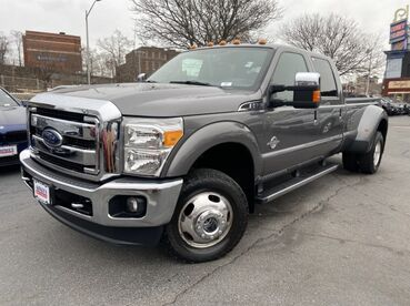2014_Ford_Super Duty F-350 DRW_Lariat_ Worcester MA