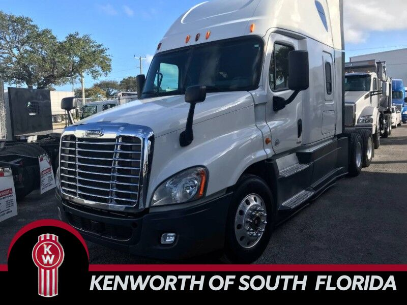 2014 Freightliner Cascadia Evolution SLEEPER Fort Lauderdale FL