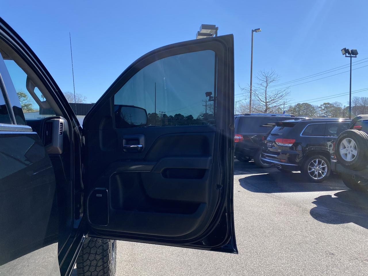2014 GMC SIERRA 1500 SLE DOUBLE CAB 4X4, BOSE SOUND, HEATED SEATS, REMOTE START, BLUETOOTH, BACKUP CAM,CAMPER SHELL! Virginia Beach VA