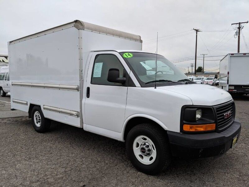 2014 GMC Savana 3500 12FT Box Truck