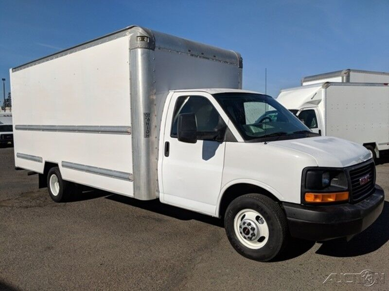 2014 GMC Savana 3500 16FT Box Truck with Ramp