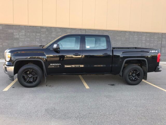 2014 GMC Sierra 1500 4x4 ~ 160K Warranty Remaining ~ Only 55 k kms ~  EZ Financing 888-299-8130 ~ Low as $226 B/W Sherwood Park AB