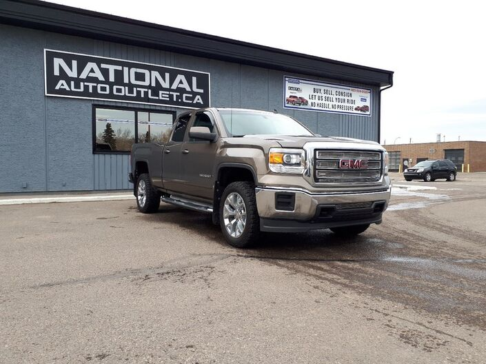 2014 GMC Sierra 1500 SLE - LOW KLM,S, BOX LINER, SPLIT BENCH SEAT, BACK UP CAMERA Lethbridge AB