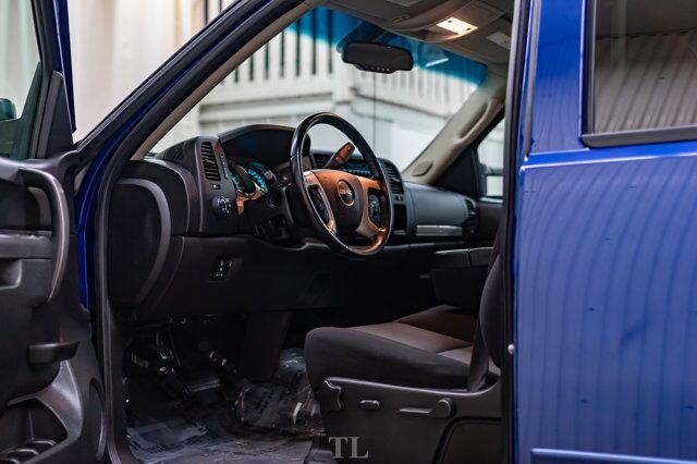 2014 GMC Sierra 2500HD 4x4 Crew Cab SLE Z71 Red Deer AB