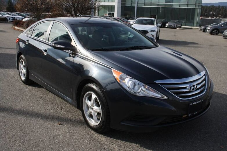 2014 Hyundai Sonata GL Power Options, Heated seat,Bluetooth Kelowna BC
