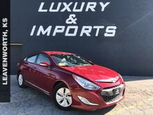 2014_Hyundai_Sonata Hybrid_Base_ Leavenworth KS