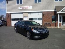 2014_Hyundai_Sonata_SE_ East Windsor CT