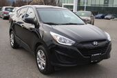 2014 Hyundai Tucson GL Bluetooth, Power options,heated seats.