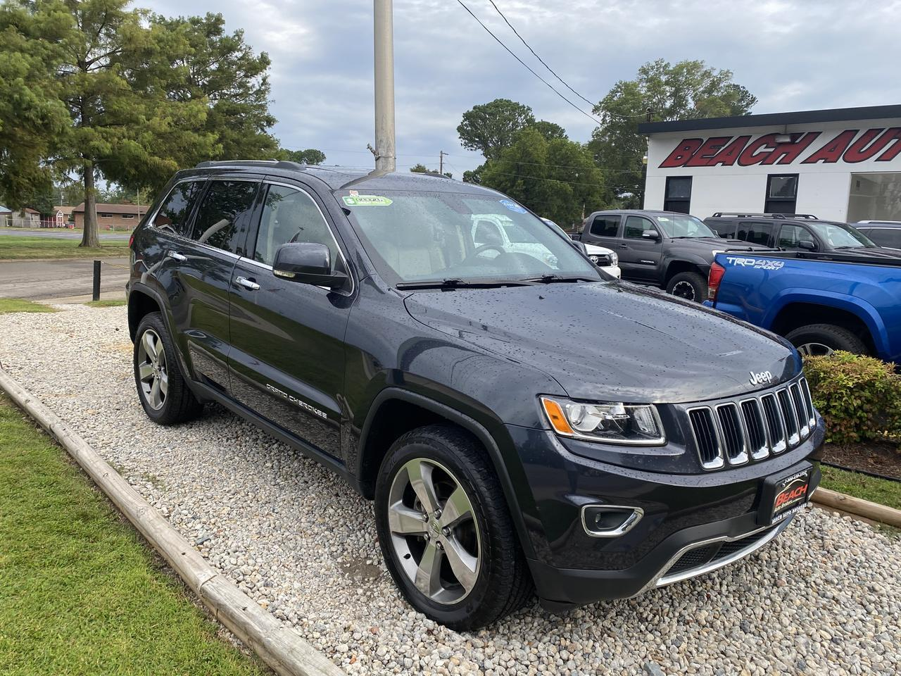 2014 JEEP GRAND CHEROKEE LIMITED 4X4, WARRANTY, LEATHER, NAV, SUNROOF, HEATED SEATS, REMOTE START, BACKUP CAM, CLEAN CARFAX! Norfolk VA