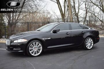 2014_Jaguar_XJ_Supercharged_ Willow Grove PA