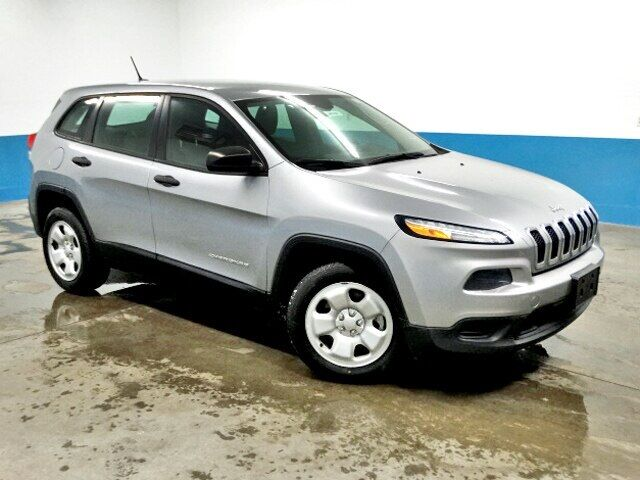 2014 Jeep Cherokee Sport Plymouth WI