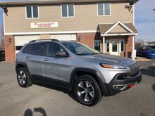 2014_Jeep_Cherokee_Trailhawk_ East Windsor CT