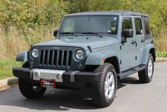 2014_Jeep_Wrangler Unlimited_Sahara_ Brewer ME