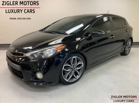 Kia Forte 5-Door SX One Owner Clean Carfax 6-Speed Manual very clean Backup Camera 2014