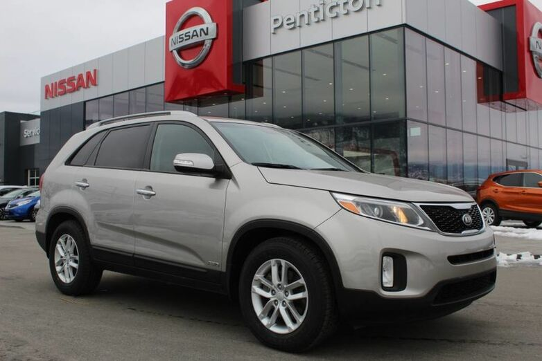 2014 Kia Sorento LX, Auto, Heated Seats and Low Km's Penticton BC