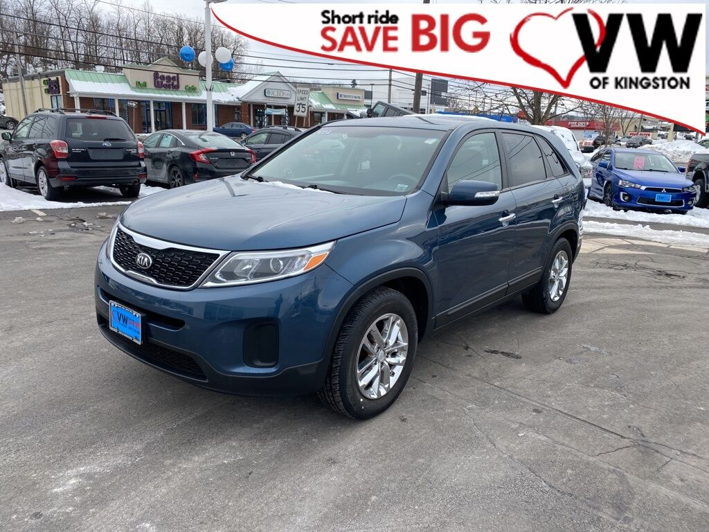 2014_Kia_Sorento_LX_ Kingston NY