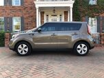 2014 Kia Soul 1-OWNER VERY LOW MILES LIKE NEW CONDITION. Automatic MUST SEE!