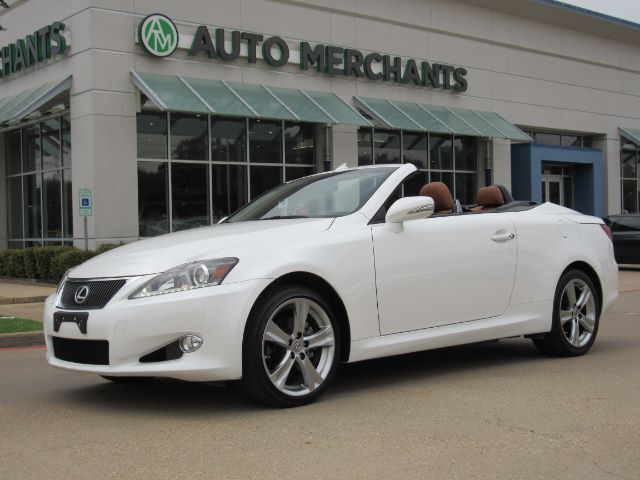 2014 Lexus IS C 250 NAV, HTD/COOLED STS, BLUETOOTH, BACKUP CAM, AUX INPUT, SAT RADIO, CD PLAYER, PUSH BUTTON Plano TX