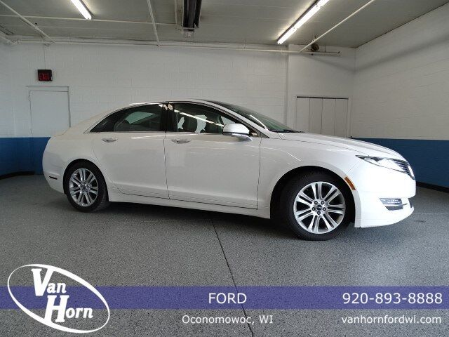 2014 Lincoln MKZ Hybrid Plymouth WI