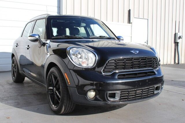 2014 MINI Cooper Countryman S Premium Package Sunroof 32 mpg Knoxville TN