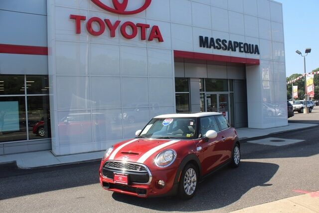2014 MINI Cooper S Base Seaford NY
