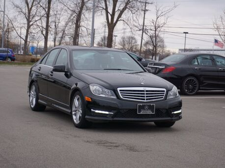 2014_Mercedes-Benz_C_300 4MATIC® Sedan_  Novi MI
