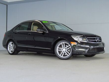 2014_Mercedes-Benz_C-Class_C 300_ Merriam KS