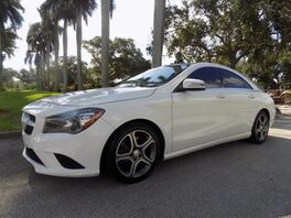 2014_Mercedes-Benz_CLA-Class_CLA 250_ Hollywood FL