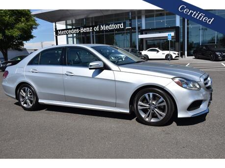 2014_Mercedes-Benz_E-Class_E250 BlueTEC 4MATIC_ Medford OR