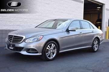 2014_Mercedes-Benz_E250 BlueTEC_Luxury_ Willow Grove PA