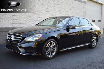 2014_Mercedes-Benz_E250 BlueTEC_Sport_ Willow Grove PA