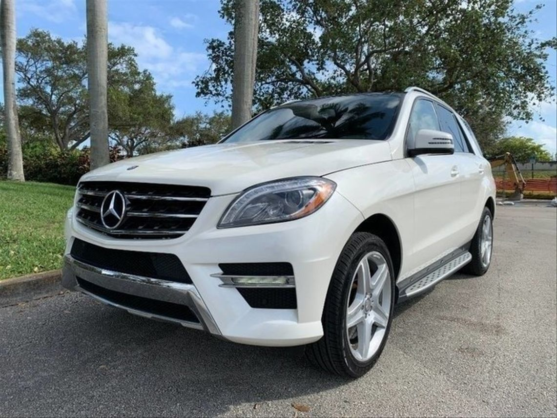 2014 Mercedes-Benz M-Class ML 550 4MATIC Sport Utility 4D Hollywood FL