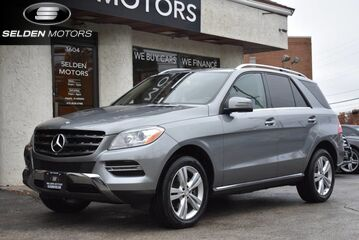2014_Mercedes-Benz_ML350_BlueTEC_ Conshohocken PA