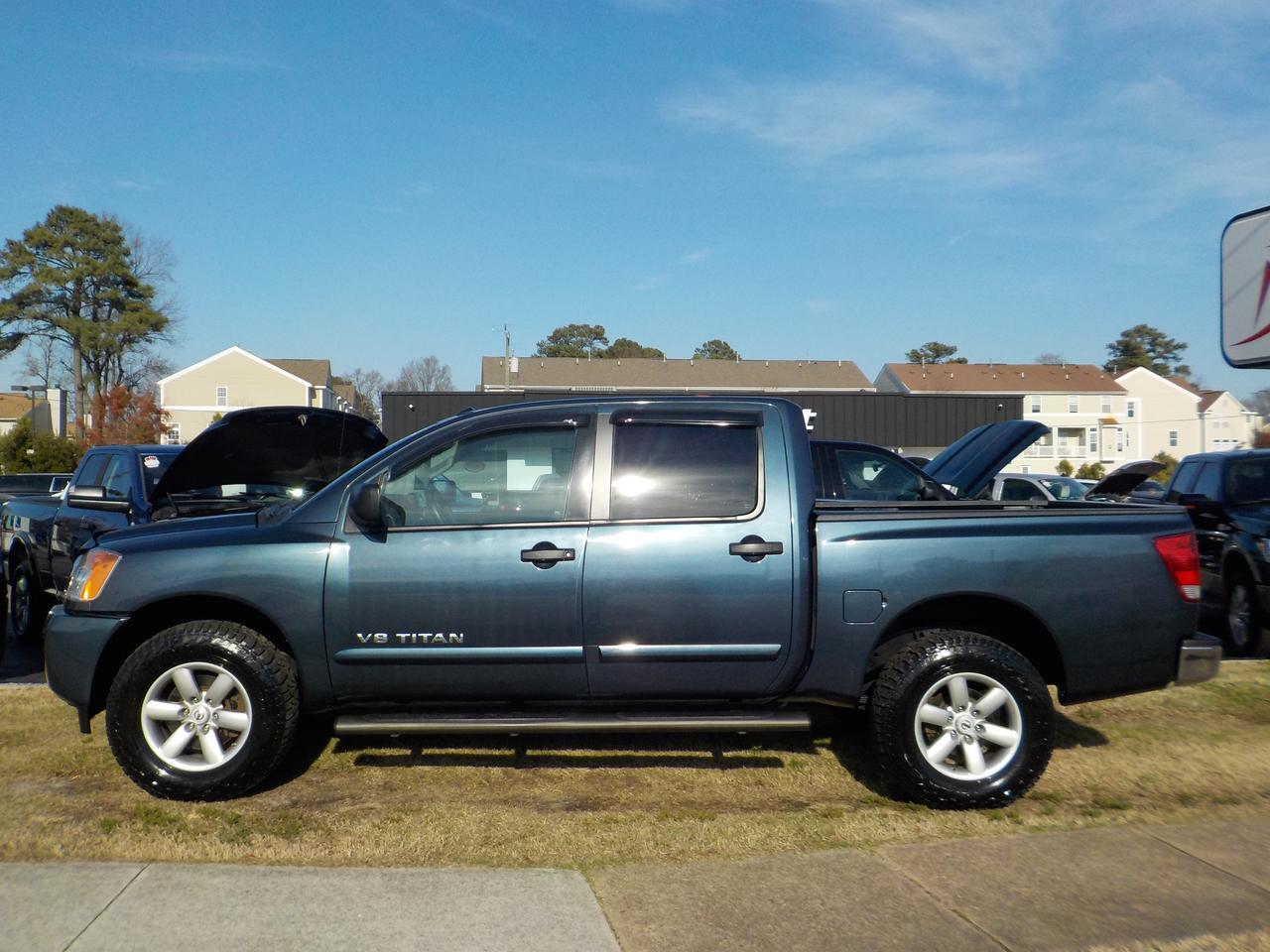 2014 NISSAN TITAN SV 4X4, WARRANTY, BLUETOOTH, POWER SLIDING REAR WINDOW, PARKING SENSORS, BACKUP CAMERA! Virginia Beach VA