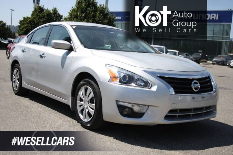 2014 Nissan Altima 2.5 S Backup Camera,Push button start. Kelowna BC