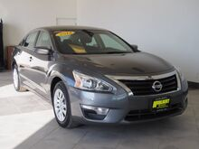 2014_Nissan_Altima_2.5 S_ Epping NH