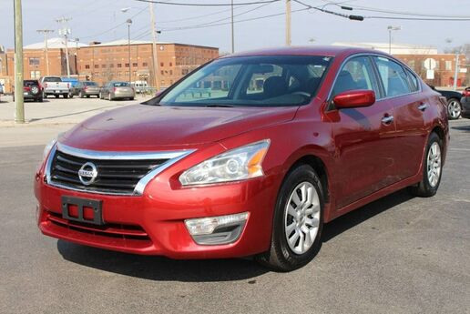 2014 Nissan Altima 2.5 S Fort Wayne Auburn and Kendallville IN