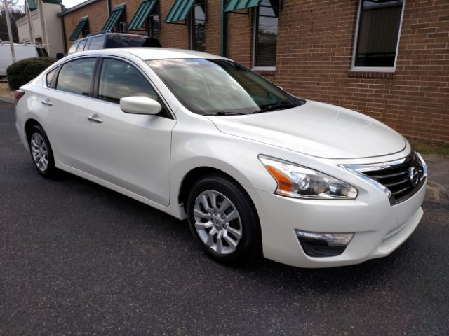 2014 Nissan Altima 2.5 S Knoxville TN