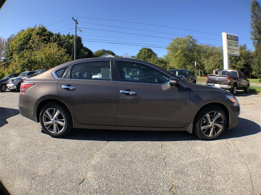2014 Nissan Altima 2.5 SV Dudley MA
