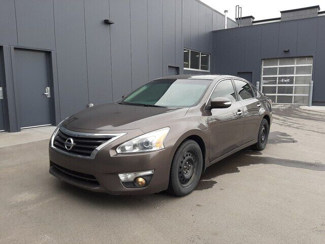 2014 Nissan Altima 3.5 SL | V6 | LEATHER | SUNROOF | *HAIL SAVINGS* Calgary AB