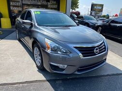 2014_Nissan_Altima_4d Sedan 2.5L_ Albuquerque NM