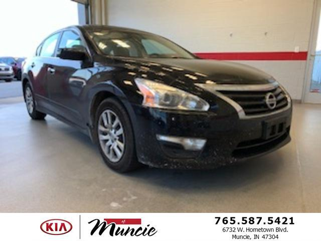 2014 Nissan Altima 4dr Sdn I4 2.5 S Muncie IN