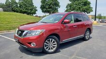 2014_Nissan_PATHFINDER_SL / 4WD / PANO-ROOF / CAMERA / 3-ROWS_ Charlotte NC