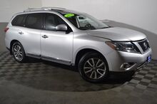 2014_Nissan_Pathfinder_SL_ Seattle WA