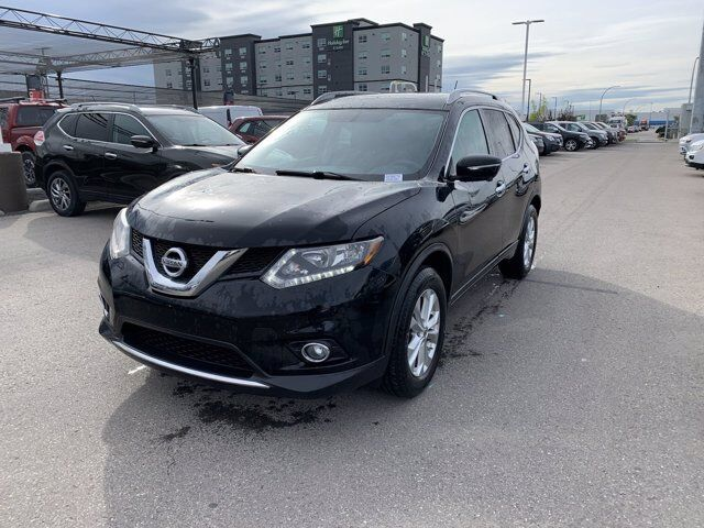 2014 Nissan Rogue  Calgary AB