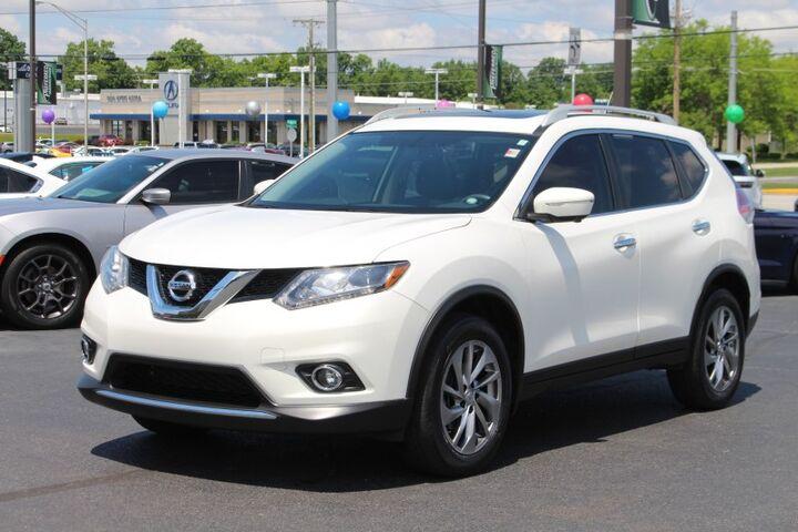 2014 Nissan Rogue SL Fort Wayne Auburn and Kendallville IN