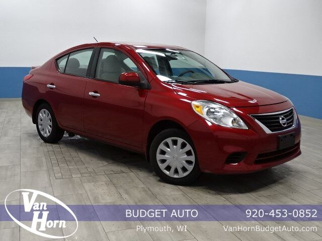 2014 Nissan Versa 1.6 SV Plymouth WI